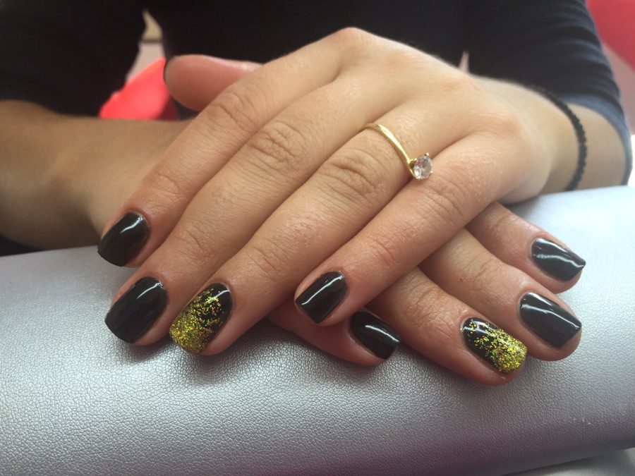 Hermas Beauty Center Nails Uñas